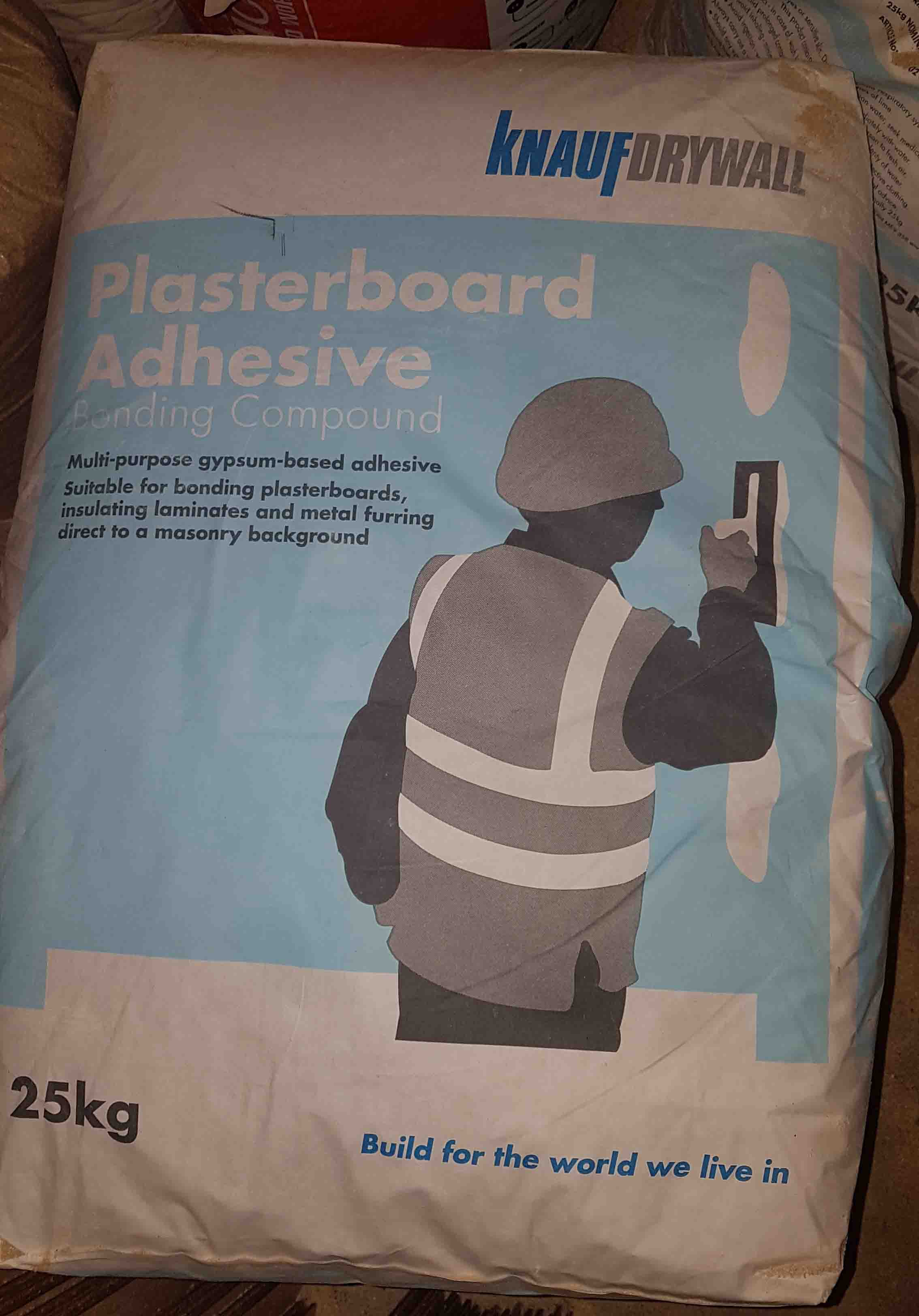 picture of a bag of knauf drywall plasterboard adhesive bonding compound
